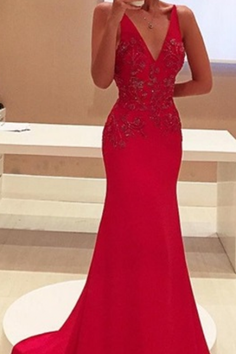 Red Prom Dresses,Charming Evening Dress,Prom Gowns,Lace Prom Dresses,2017 New Prom Gowns,Red Evening Gown,Backless Party Dresses
