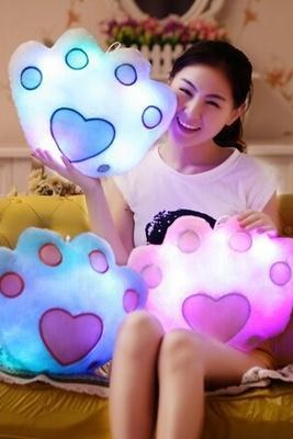New 2015 LED Light Pillow Colorful Flashing Shining Bear Claw Bear's Paw Shape Plush Toys for Kids