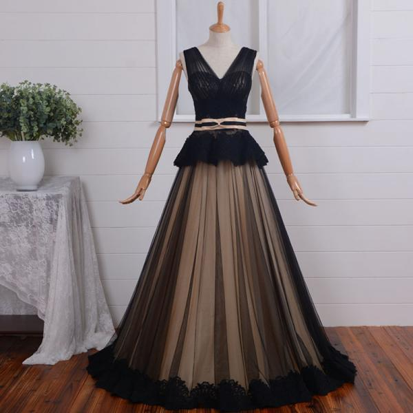 2015 Black tulle and Applique wedding gowns hot,cute v neck dress for wedding party in stock,latest simple bridal dresses affordable V-neck/ Black Tulle Prom Dresses, Formal Gown